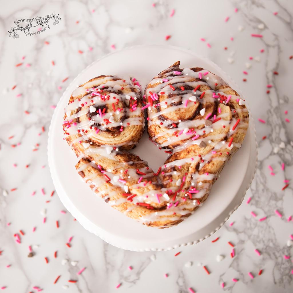 Sweetheart Cinnamon Buns