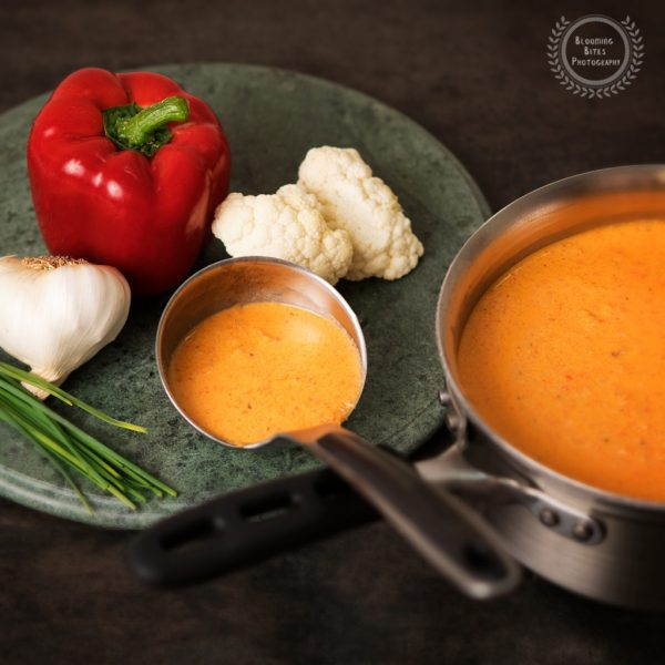 Creamy red pepper cauliflower soup_0005