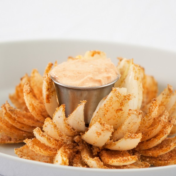 Baked Bloomin Onion With Dipping Sauce