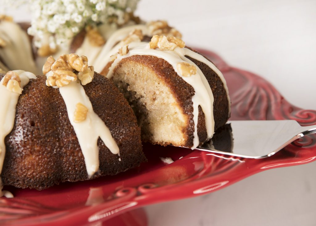 Walnut butter cake in bundt pan_0024