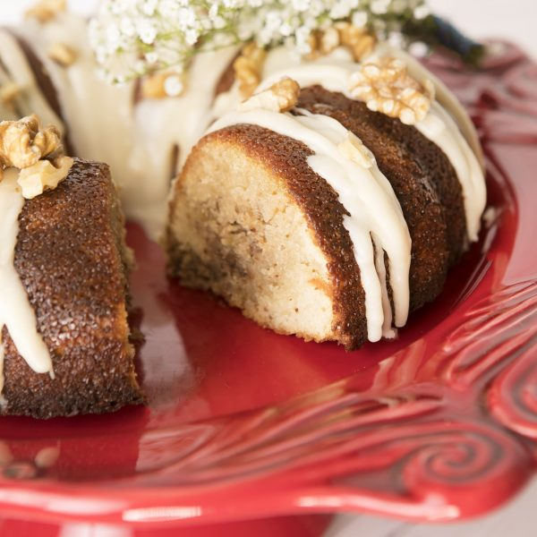 Walnut butter cake in bundt pan_0041