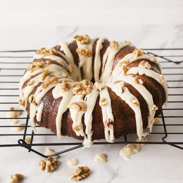 Walnut butter cake in bundt pan_0093