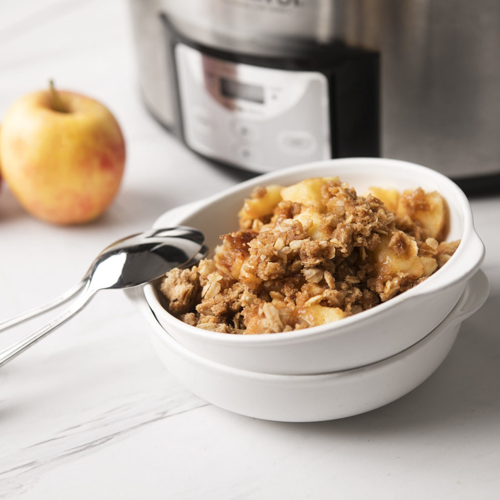 Slow Cooker Apple Cobbler