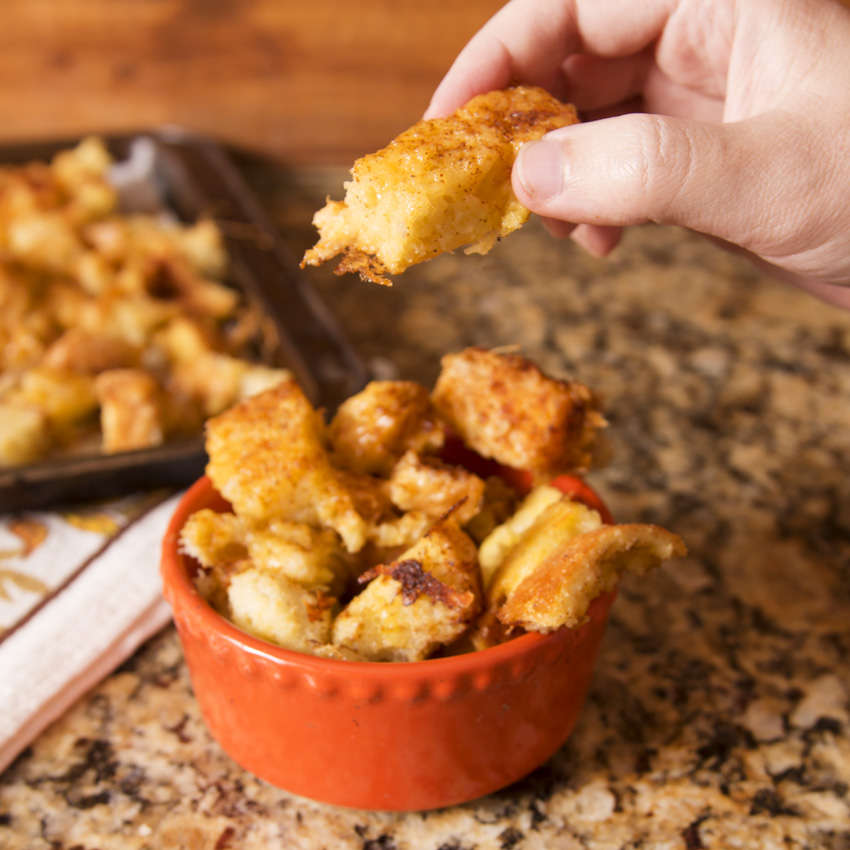 Easy Cheesy Bread Cubes